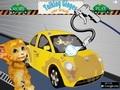 Говорящий котенок моет машину